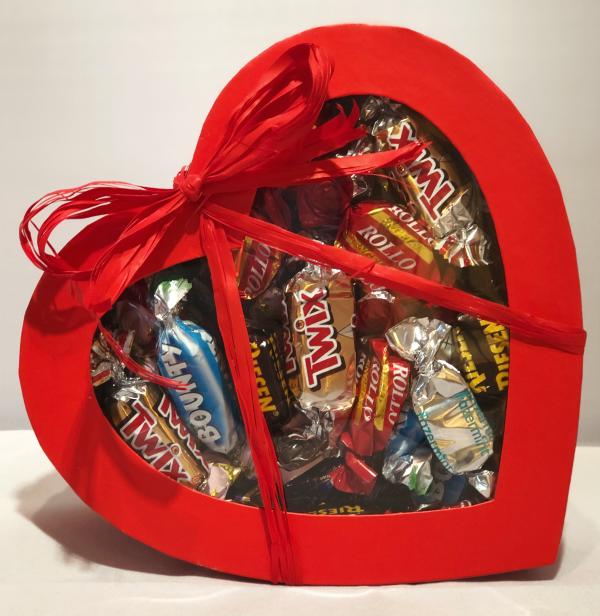 Bild av CHOKLADBUDET - Hjärta fyllt med 400 gram choklad
